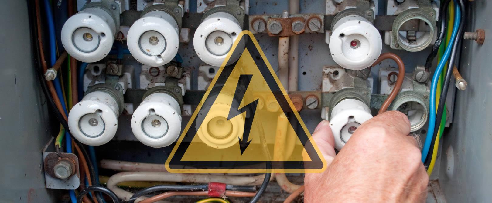 probleme_mit_elektroverkabelung-verteilung-sicherungskasten-datenrettung-nach-ueberspannung-spannungsschaden